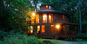 Cave Hill Cabins - The Round House